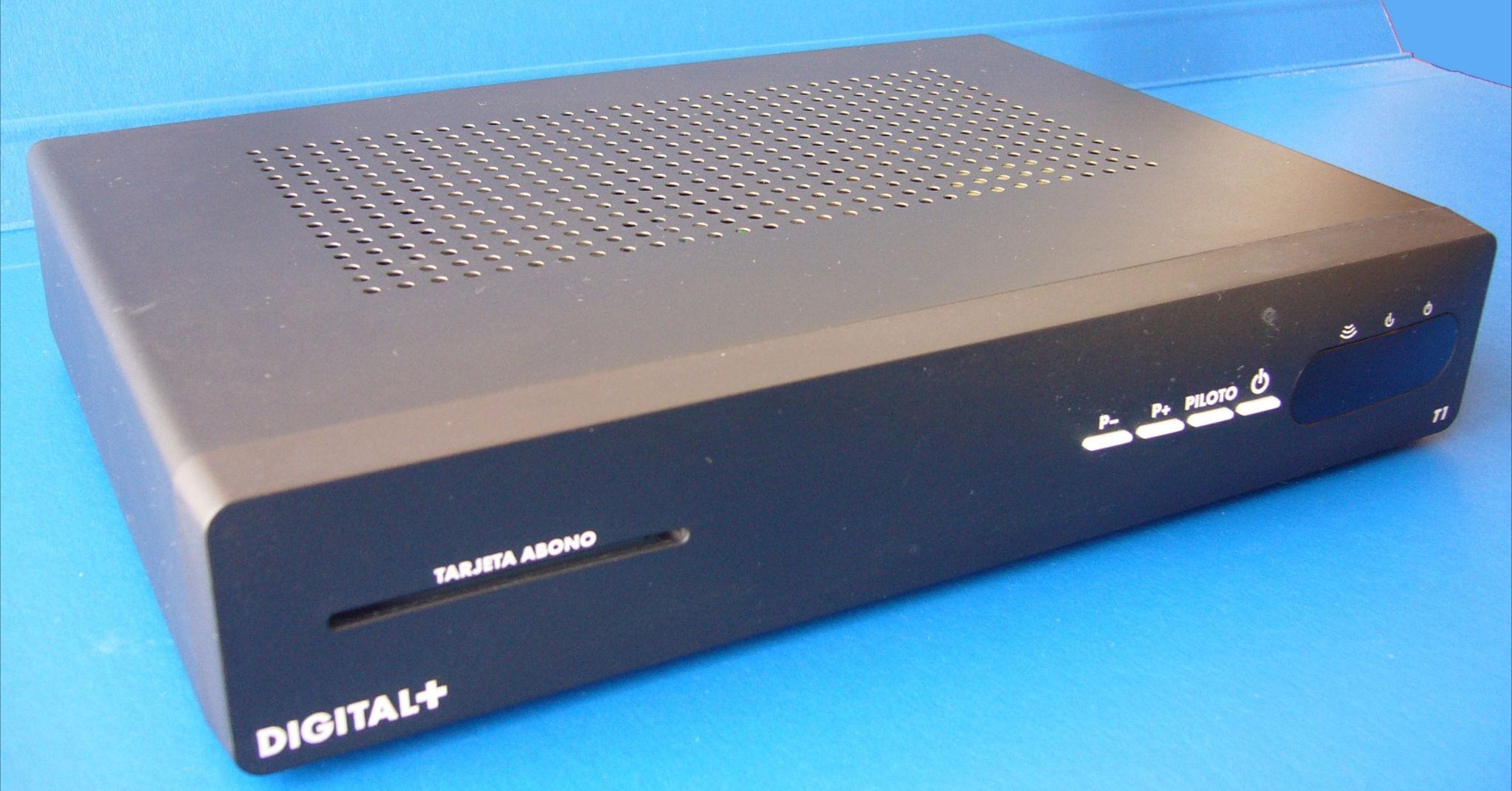 Decodificador THOMSON modelo DSI51SOG con mando 01%20recortada